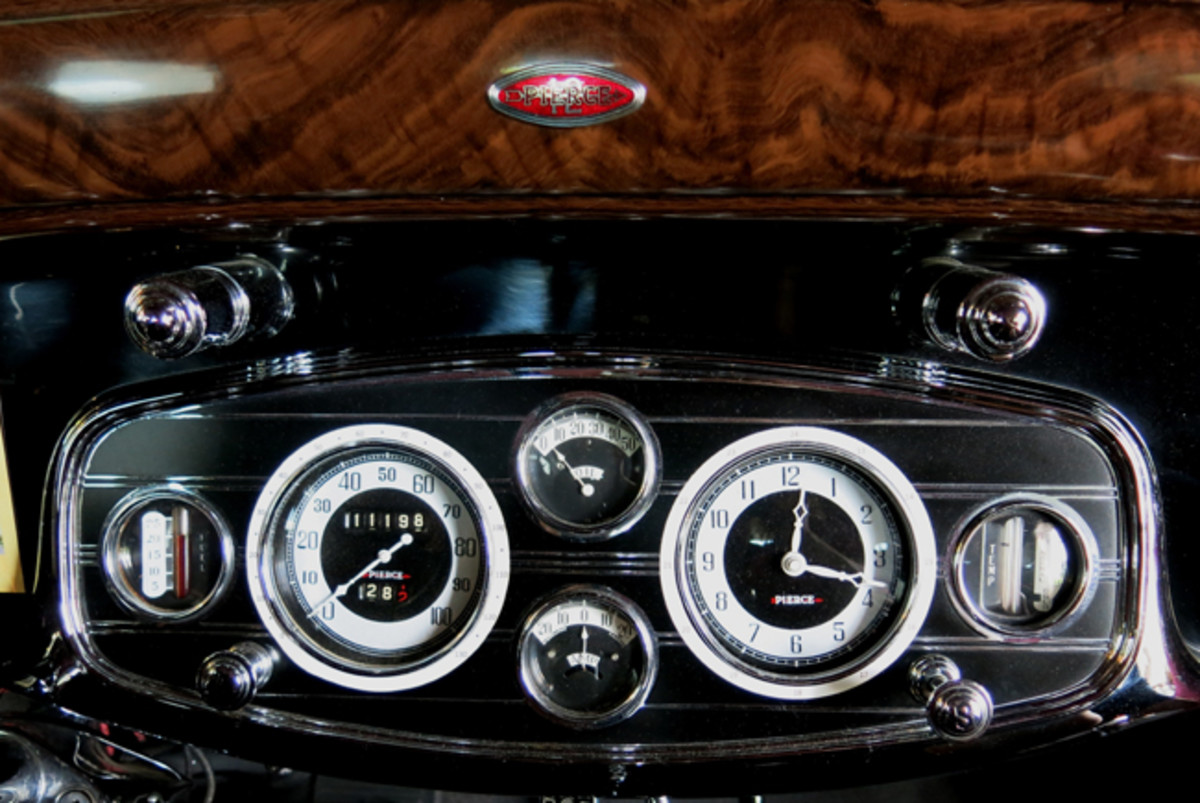 Pierce-Arrow Interior - Wisconsin Automotive Museum