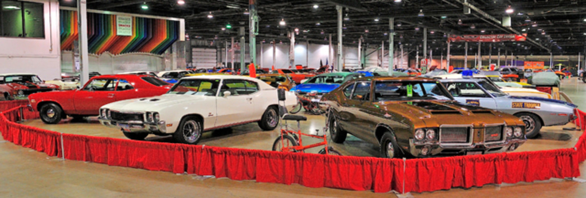 The cars of '72 gathered for the MCACN's Class of '72 display.
