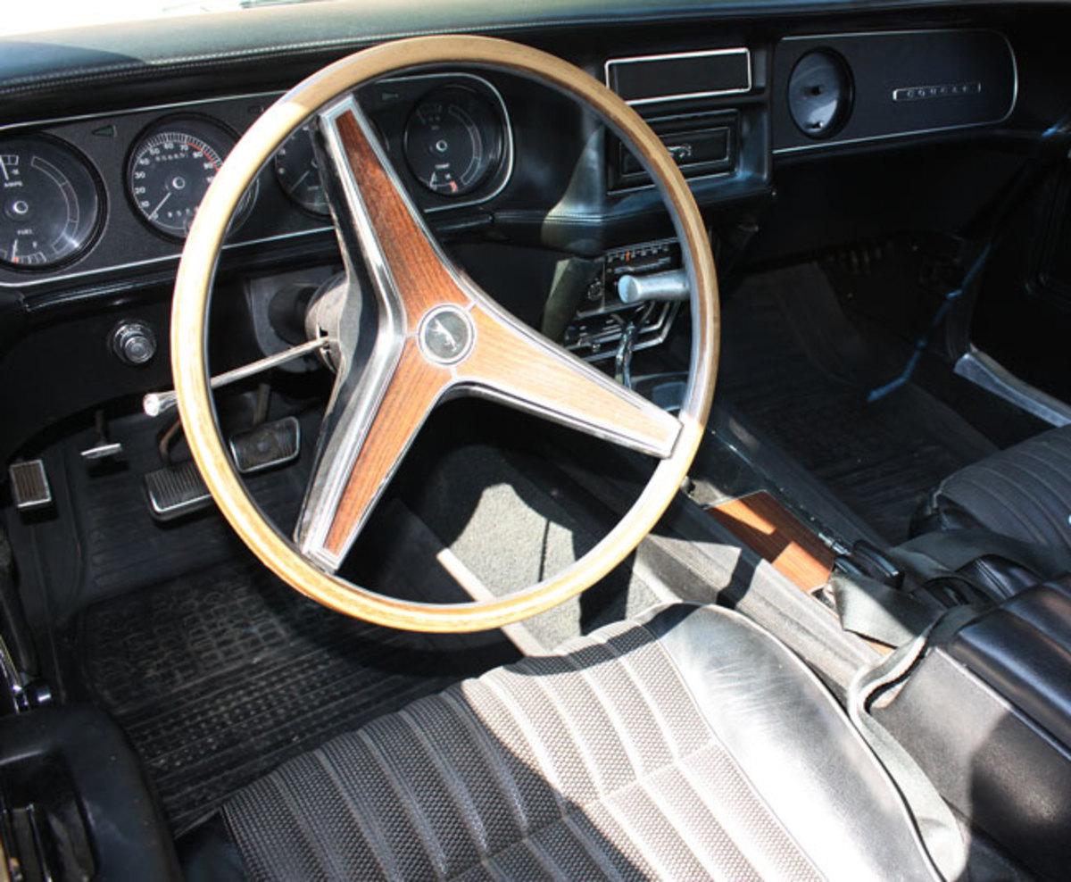 1969-Eliminator-interior