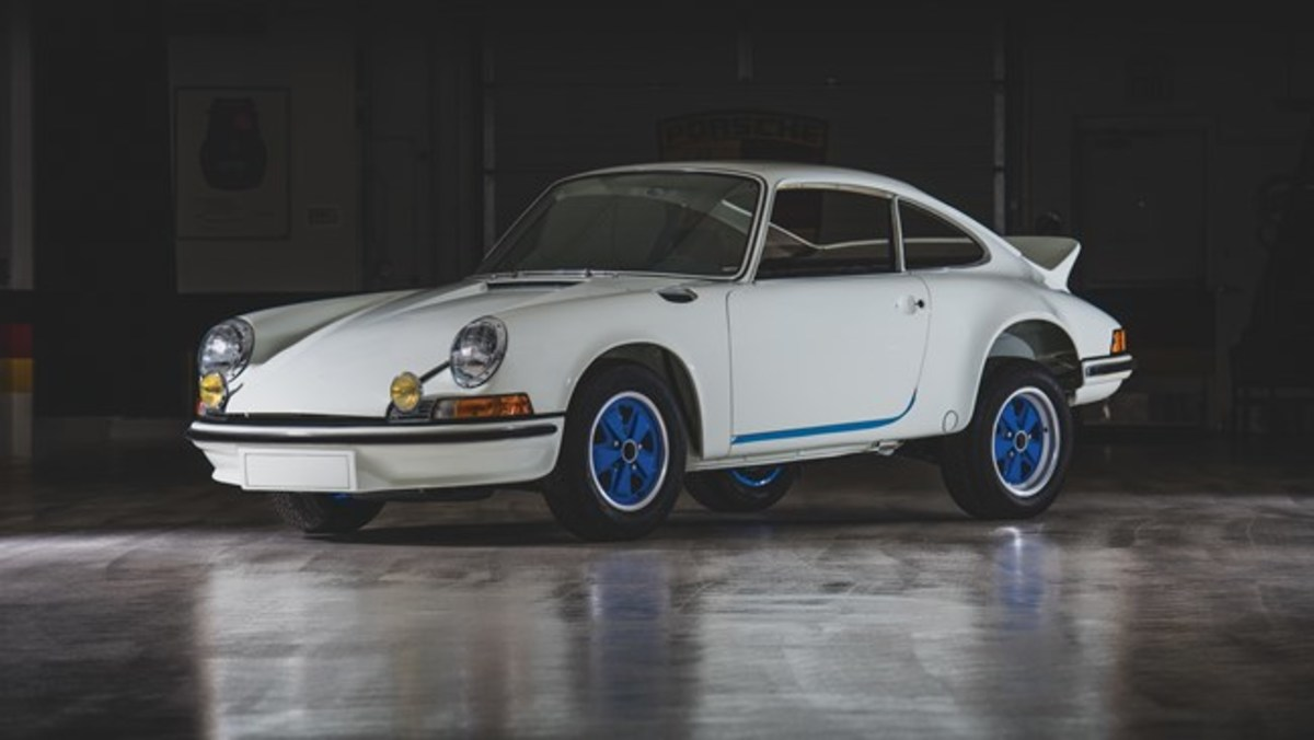 1973 Porsche 911 Carrera RS 2.7 Touring - Chassis No. 9113600293 Sold for $412,000. Photo - RM Sotheby's