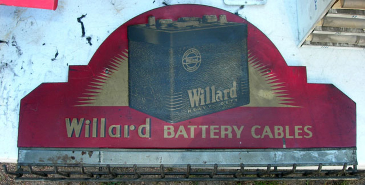 Vintage metal die-cut Willard Battery Cables pronged display unit sold for $140.