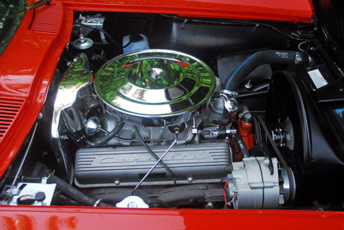 1963-Split-Window-Corvette-Engine-Done