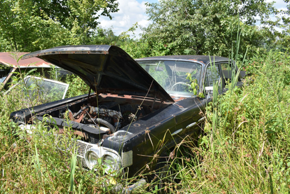 Hiding in the weeds at Purdin's was this 1964 Mercury Comet 404 Sedan, still with its original six.