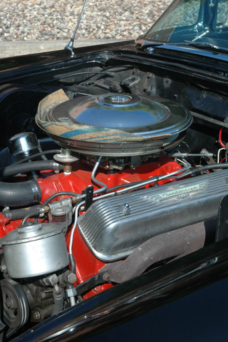 1957-Thunderbird-1