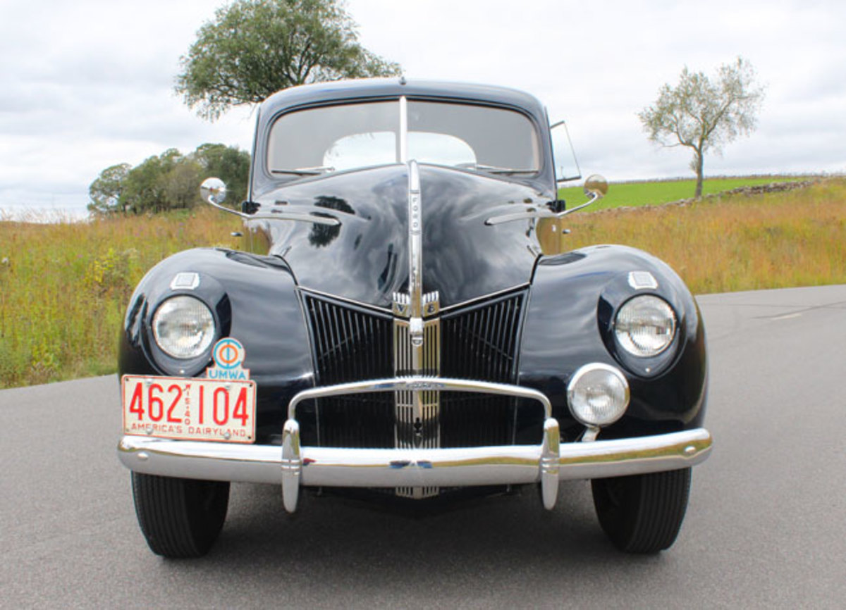 1940-Ford-4