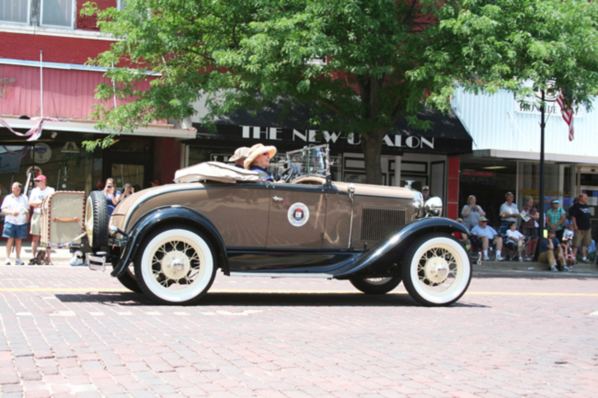 1931 Model A Ford roadster of Pete and Linda Proschold from Fruita, Colo., was one of nine Model A Fords on the West-to-East tour.