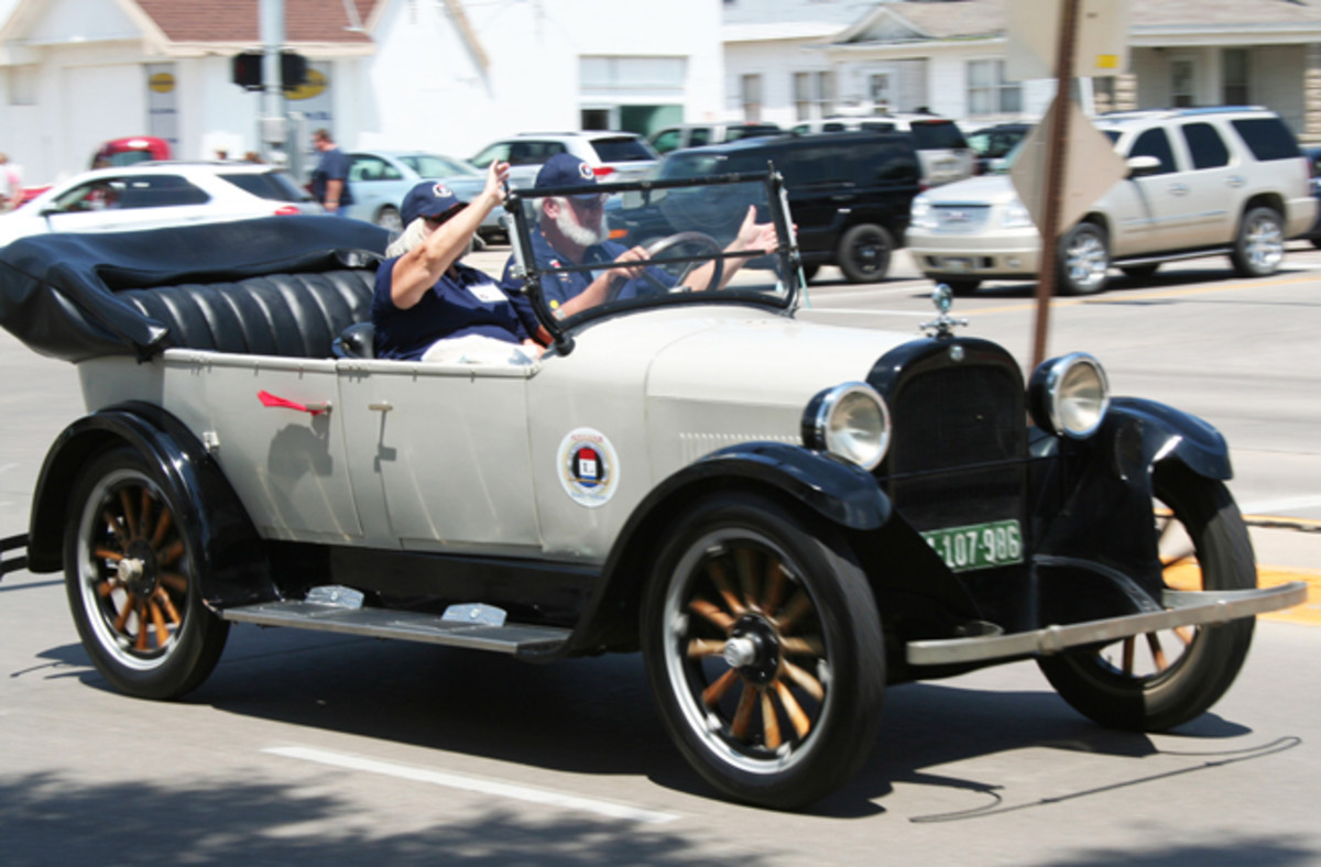 Frank and Diana Squire from Sacramento drove the oldest car on the West-to-East tour. Here, their 1924 Dodge Brothers touring car passes the meeting point in Kearney, Neb.
