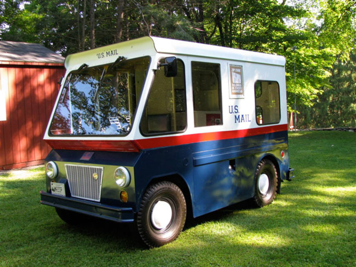 Stude-mail-truck-6