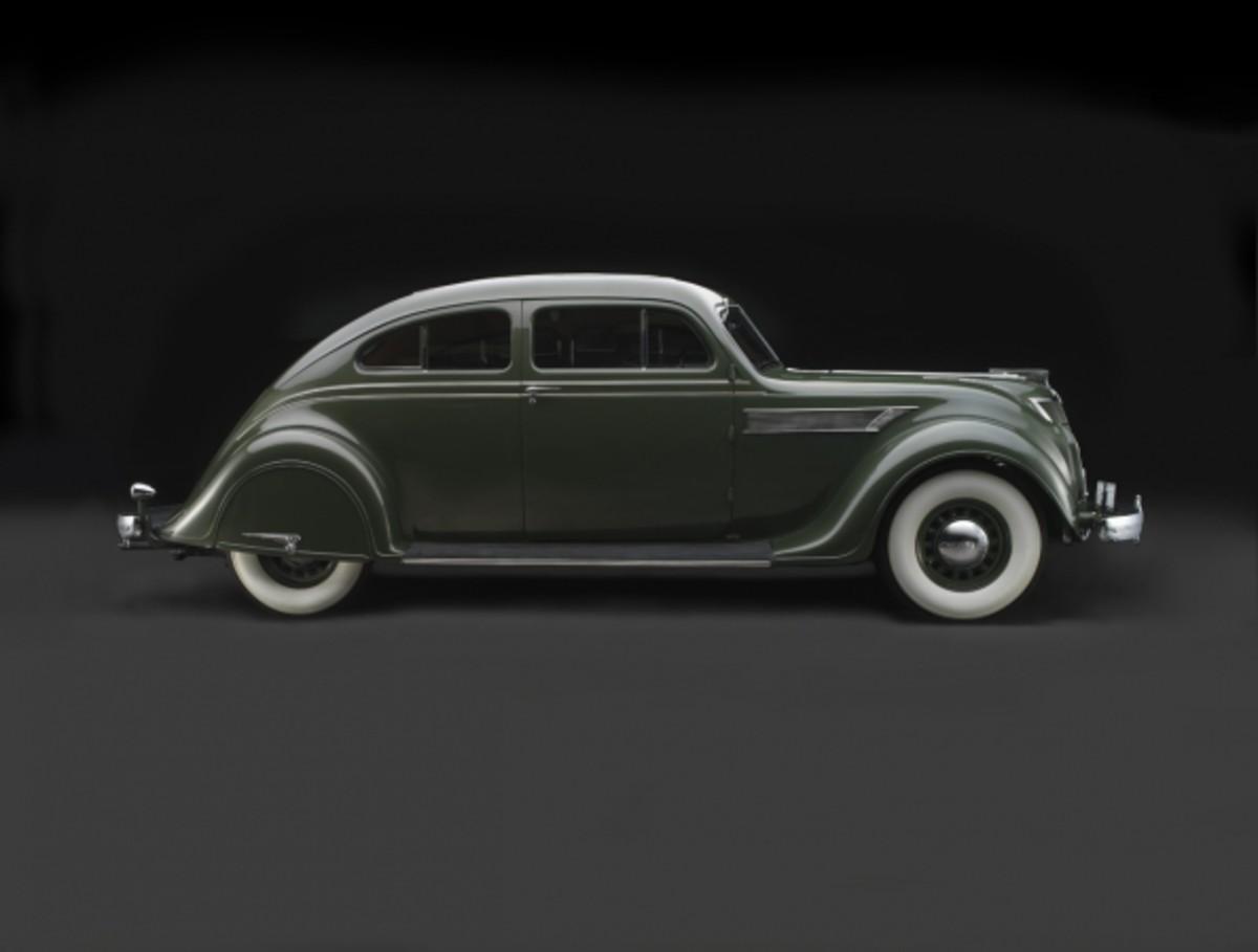 Chrysler_Imperial_Model_C-2_Airflow__1935_594_450 (1)