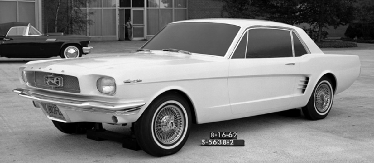 """Ford """"Cougar"""" concept in August 1962. (Courtesy Ford Motor Co.)"""
