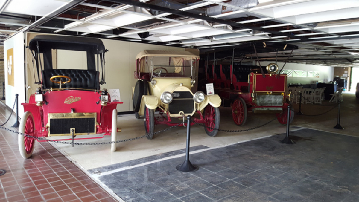 (left to right) a 1908 The Pontiac, 1914 Cartercar, and 1907 The Rapid