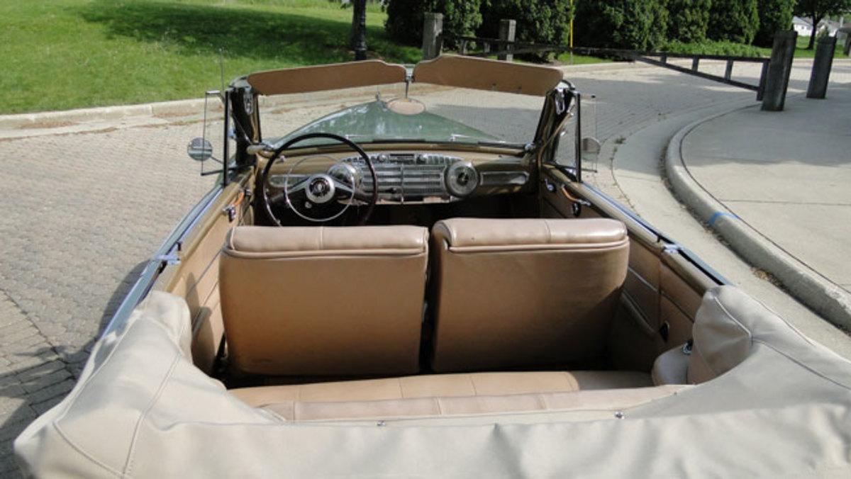 1947-Lincoln-inside