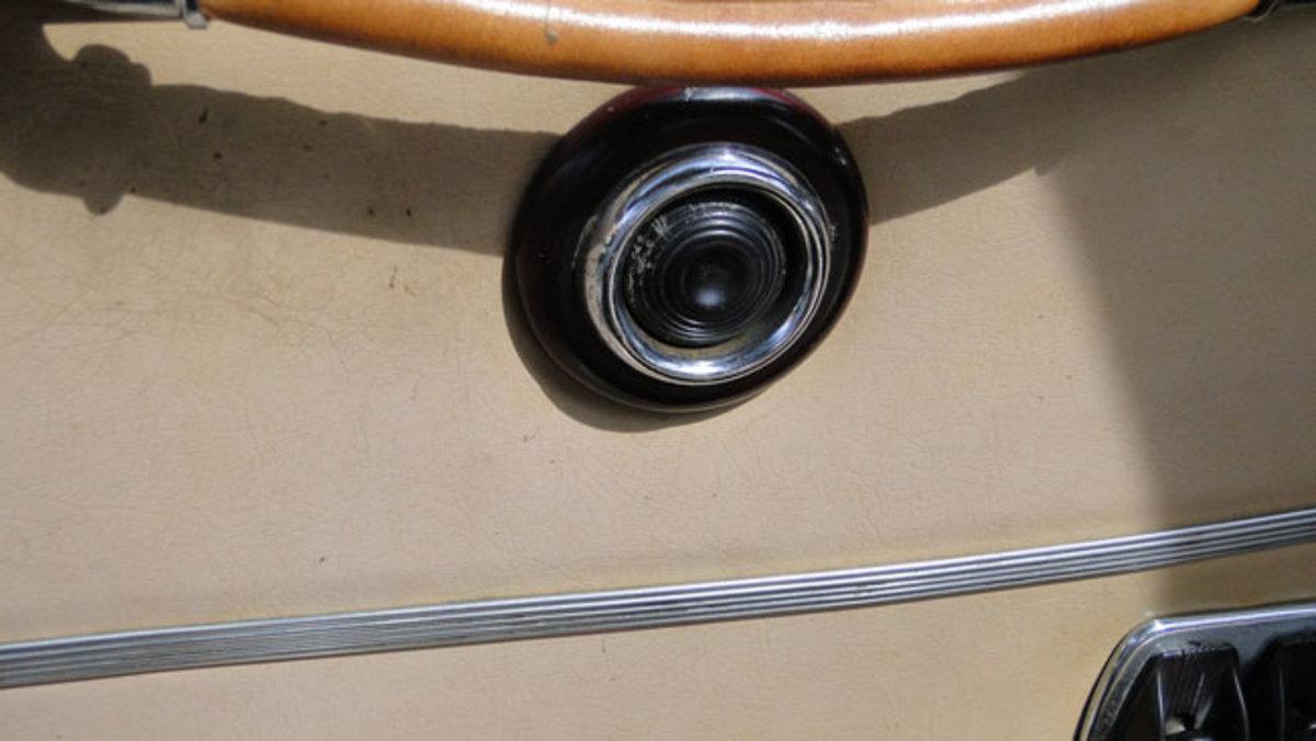 1947-Lincoln-button