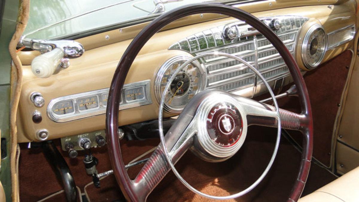 1947-Lincoln-dash2