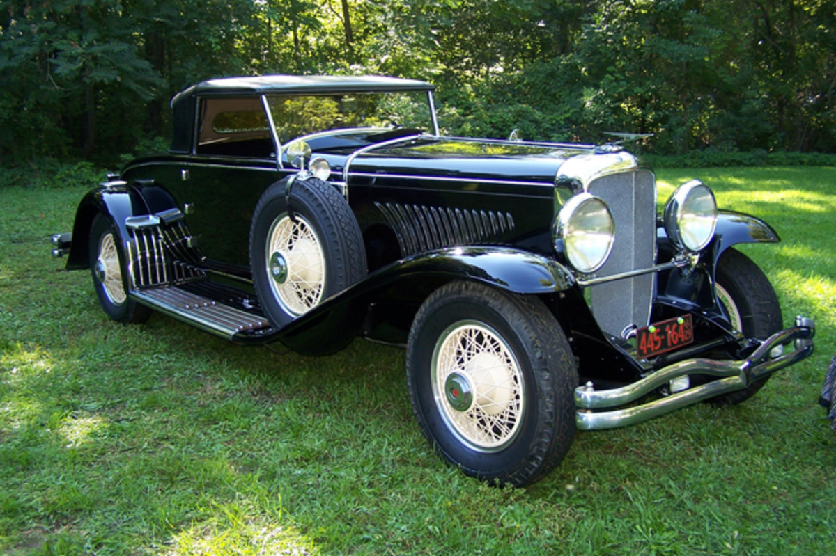 """Far and away, the most popular coachbuilder to dazzle the Model J chassis with coachwork was the Walter M. Murphy Co. of Pasadena, Calif. The company's most popular body style was the convertible coupe, which it called a """"convertible roadster,"""" and is represented by Katherine Hedburn's unrestored example here."""