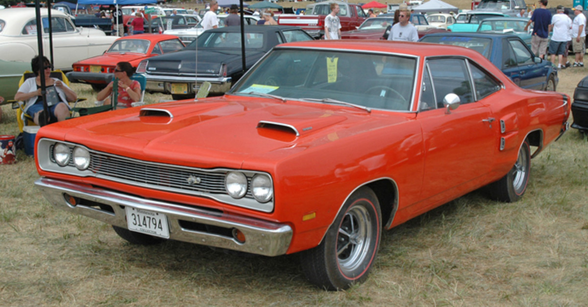 At $15,000, this 1969 Dodge Super Bee coupe was a well-priced driver. Its original 383-cid V-8 had been replaced by a 413-cid V-8, but the car still packed a TorqueFlite automatic.