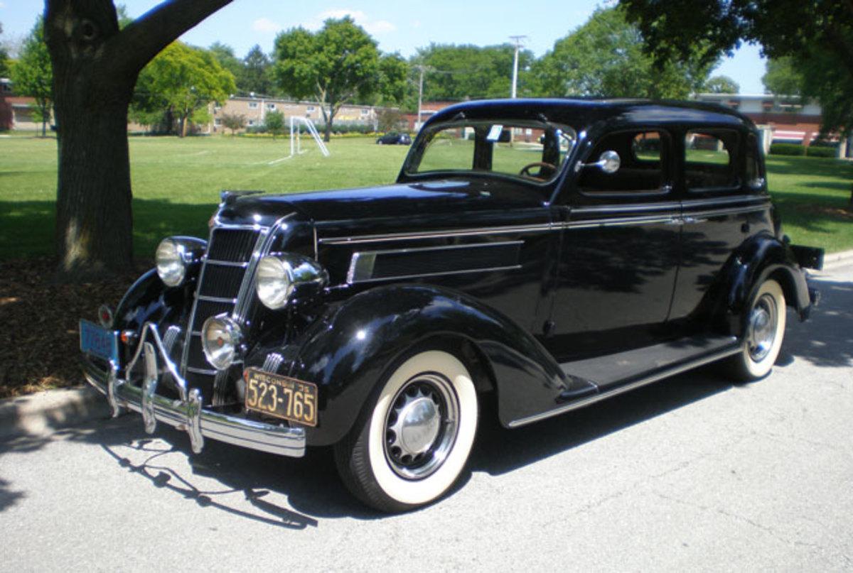 1935-Chrysler-main1