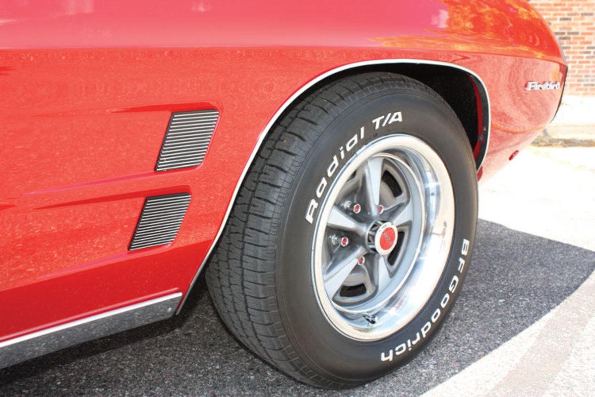 1969-Firebird-1