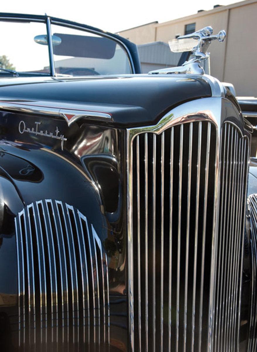 1941-Packard-120-9