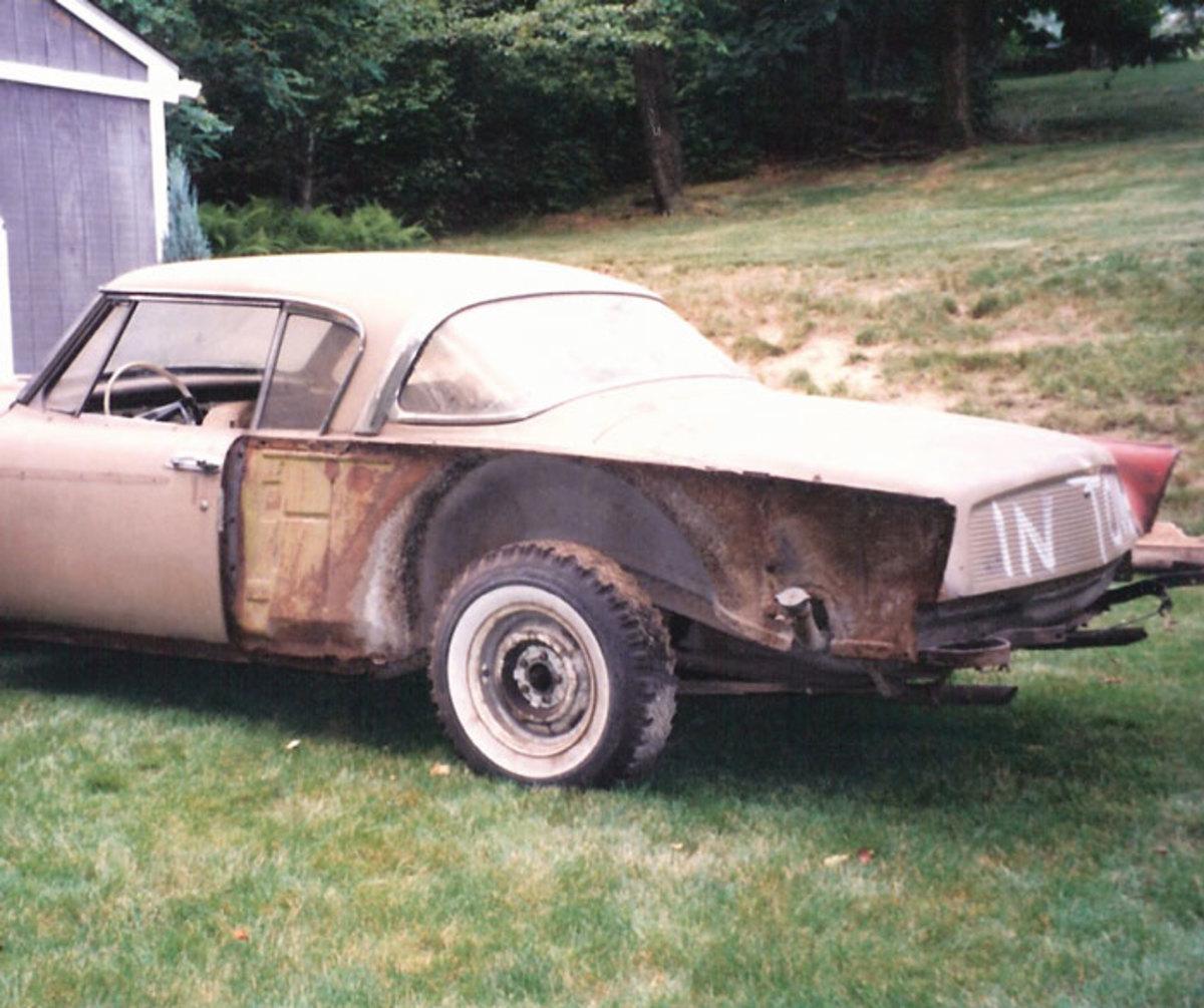 1958-Golden-Hawk-before-4
