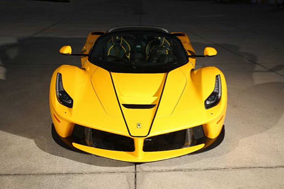 2017 Ferrari LaFerrari Aperta (Ryan Merrill © 2020 Courtesy of RM Sotheby's)