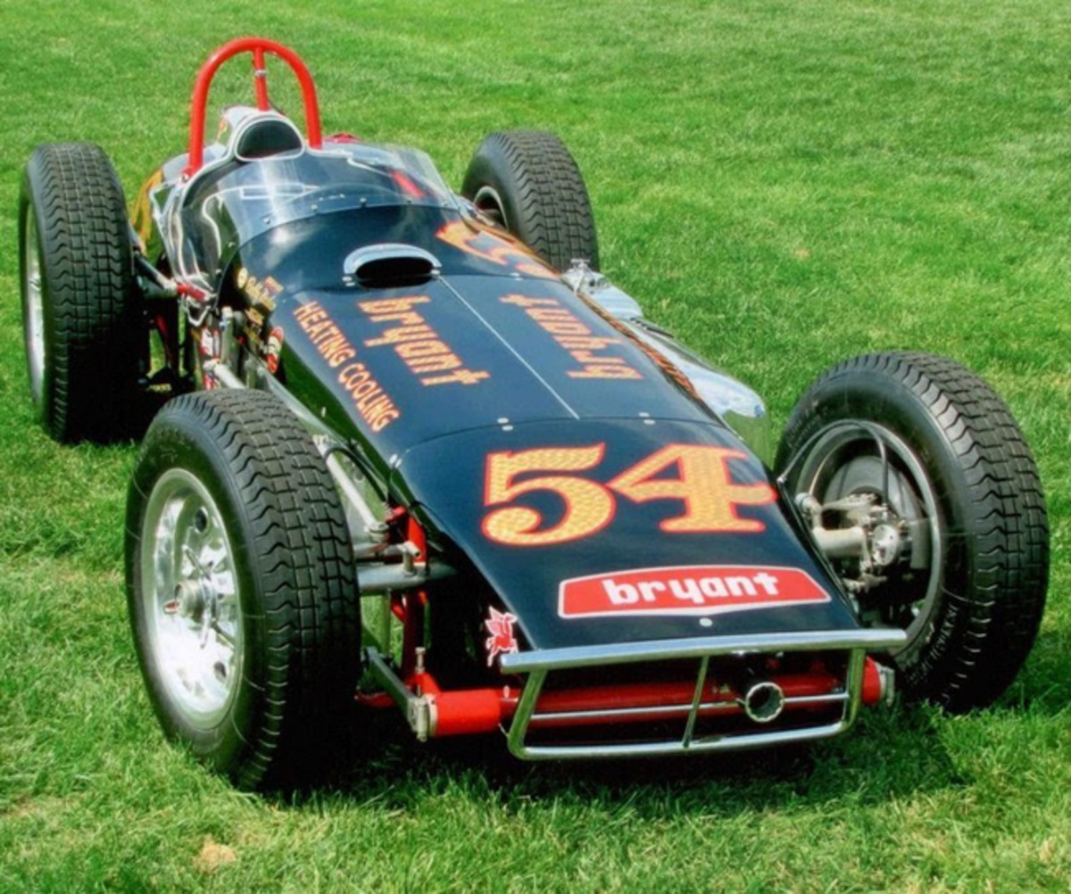"""This 1961 Quinn Epperly Indy Roadster, owned by Bill Akin, features a unique """"laydown"""" configuration, with the engine on its side, to allow for a lower more aerodynamic body. It has just been freshly restored."""