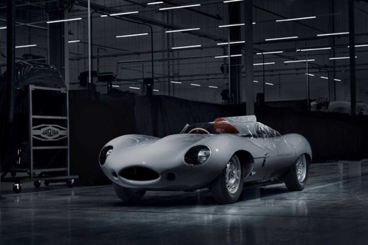 Jaguar Classic D-Type Race Car