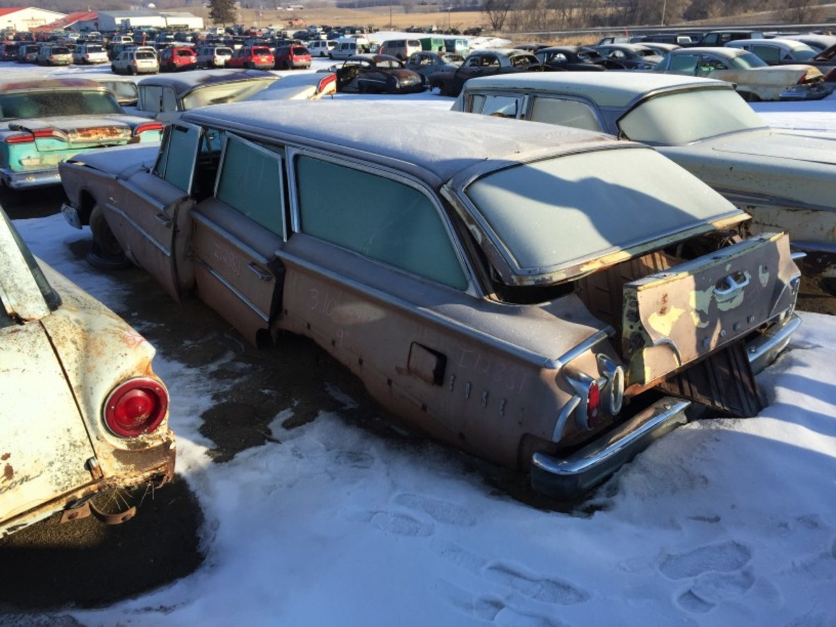Since we're talking rare Edsels, how about this relatively complete 1960 Edsel Villager station wagon? It's probably too far gone to restore, but it has many trim parts that should find a home before the hulk finds itself in the crusher's jaws.