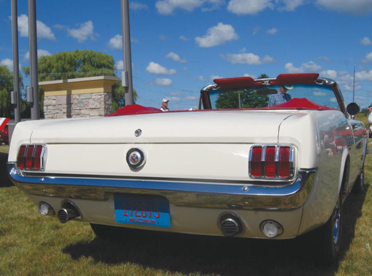 Mustang-T-5-5