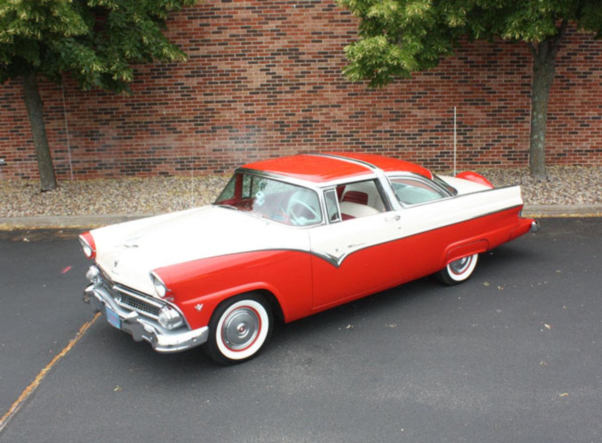 1955-crown-vic-10