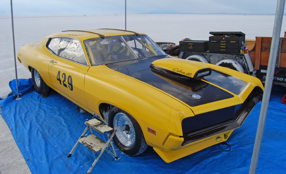 "WA's ""Bad Banana"" Torino has record of 245.324 mph in B/CGALT class."
