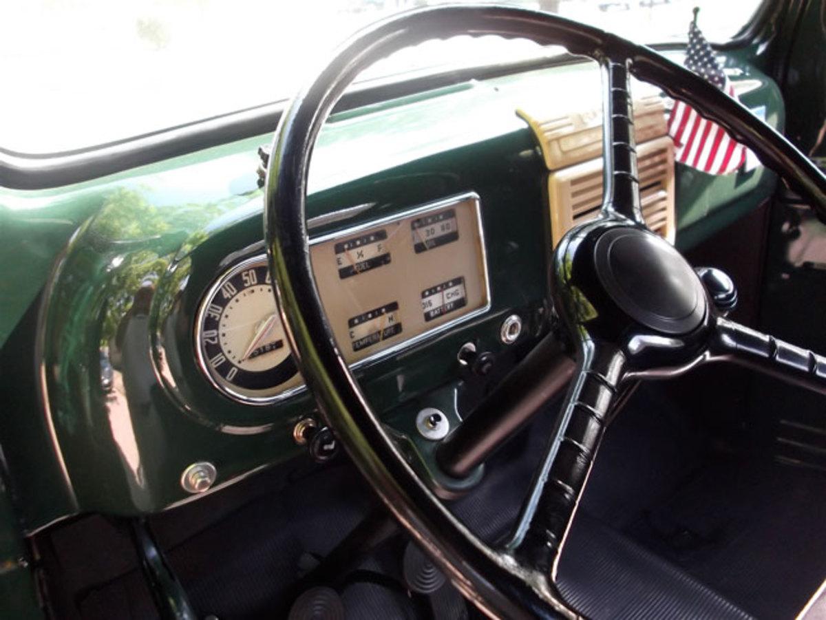 1948-Ford-pickup-dash