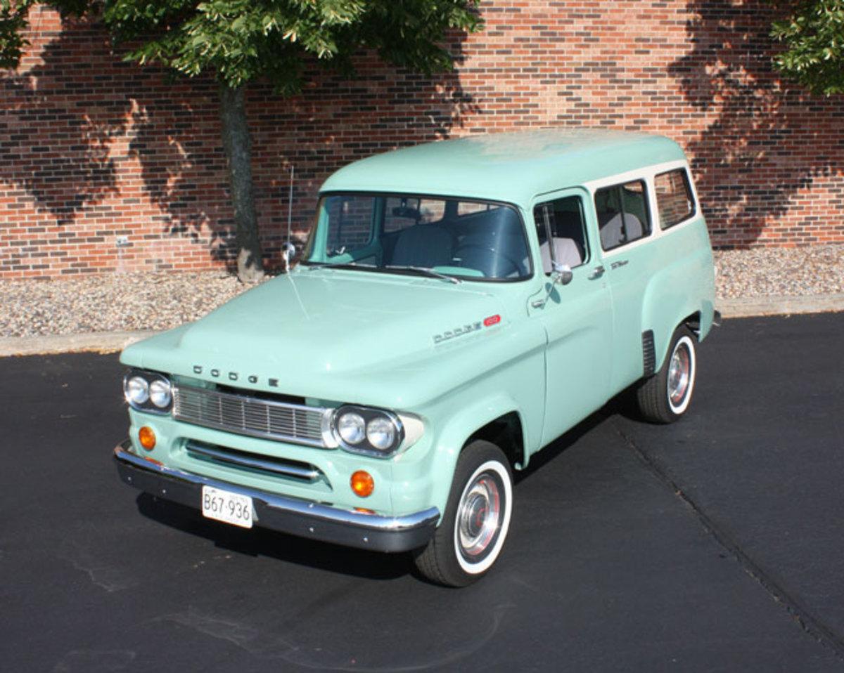 1965-Town-Wagon-11
