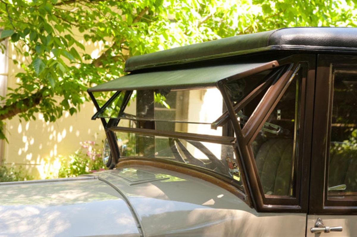 1925-Packard-windshield