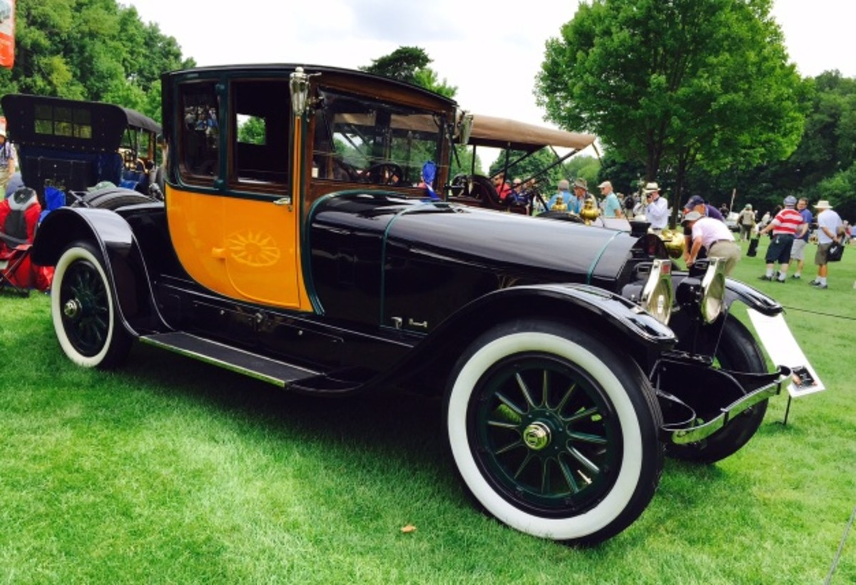 """This enormous 100-year-old 1916 Locomobile 48 Locke-bodied """"three-passenger sedan"""" is actually a type of coupe. For 1916, the body design was very modern and very sporty, albeit very much overkill for carrying just three or fewer people."""