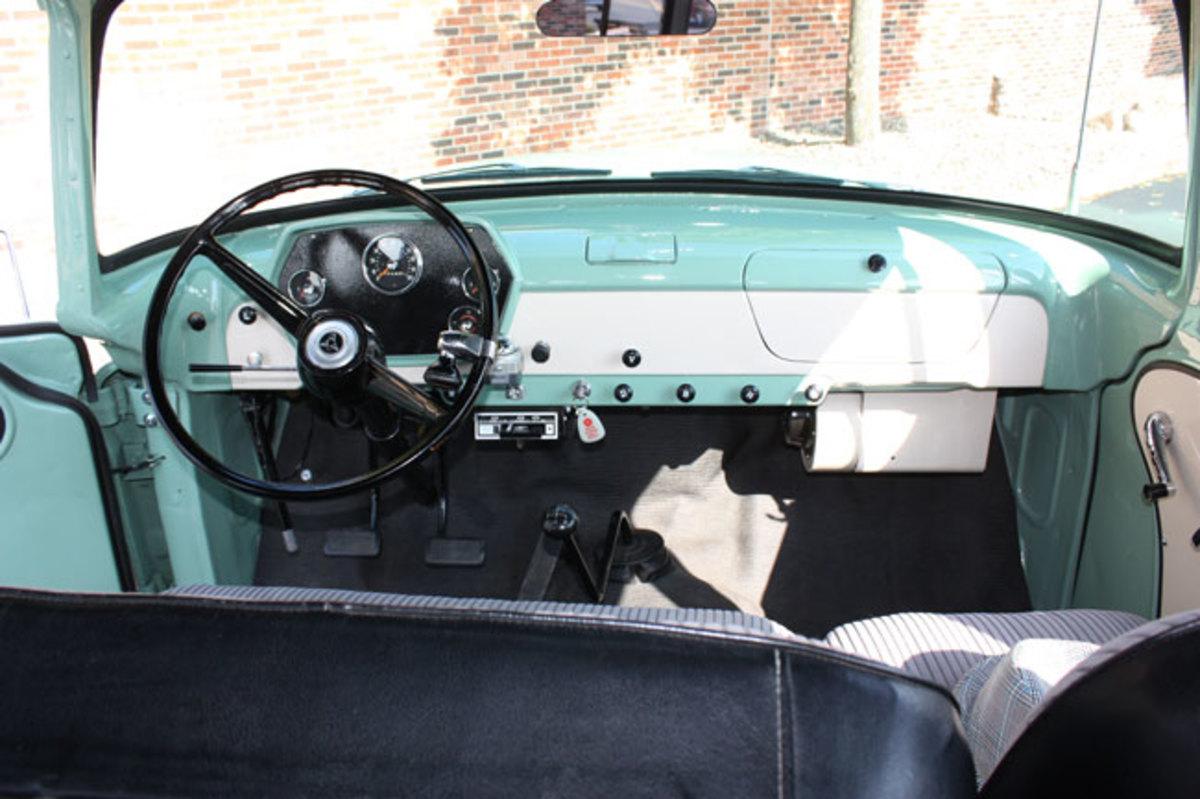 1965-Town-Wagon-4