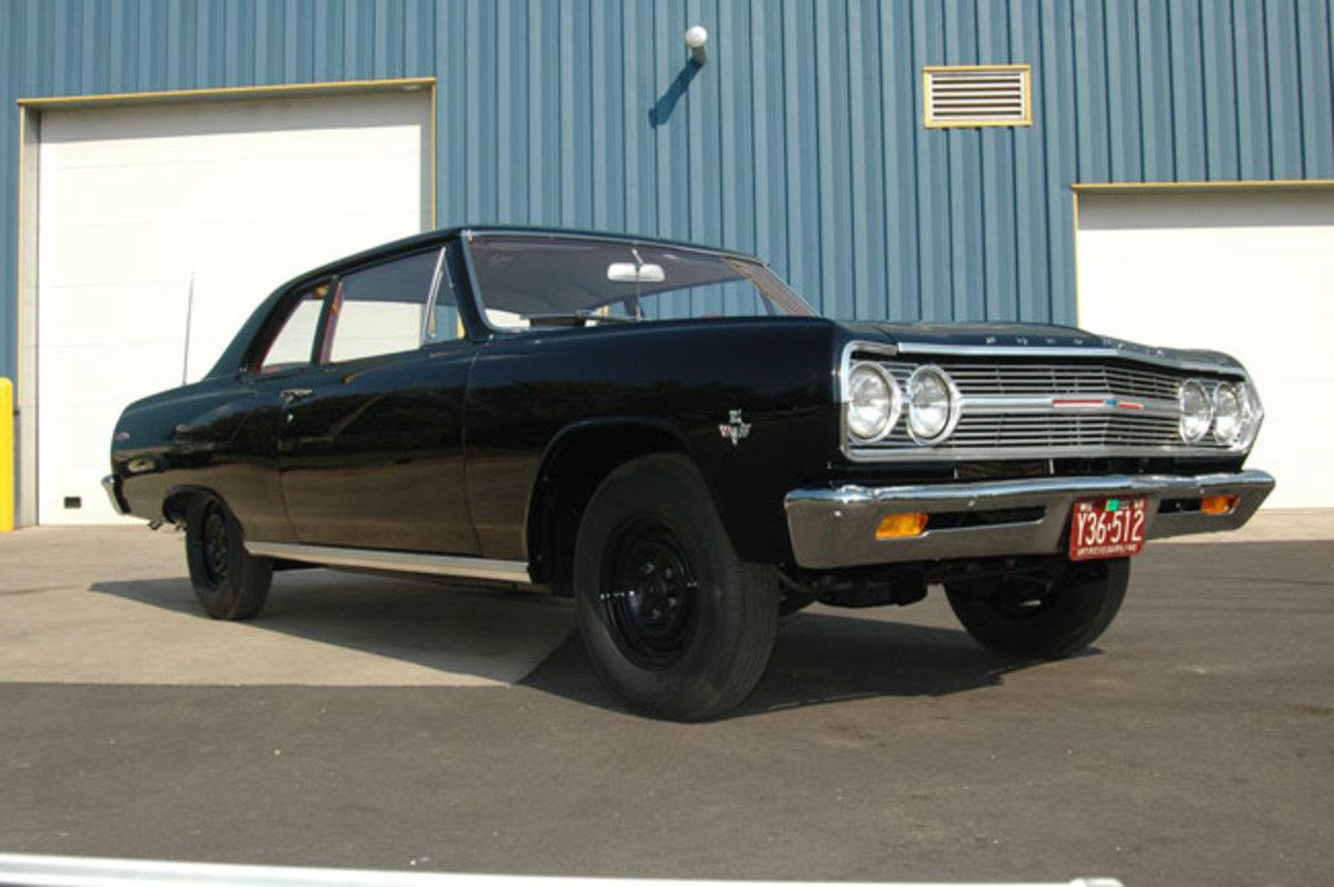 1965-Chevelle-300-3