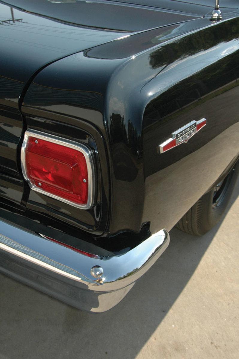 1965-Chevelle-300-8