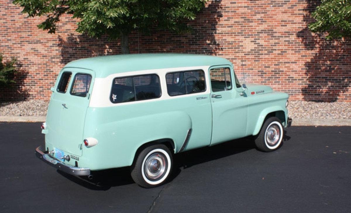 1965-Town-Wagon-7