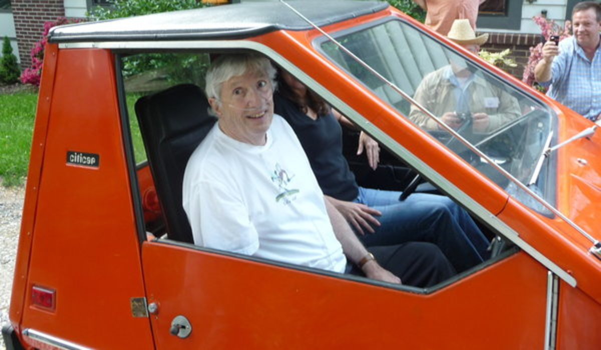 Bob Beaumont was greeted by a surprise gathering of electric vehicles at his Maryland home in 2009.