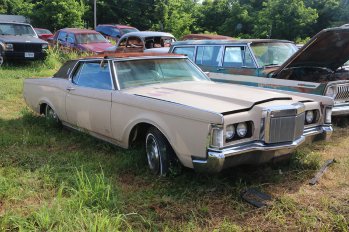 A 1971 Lincoln Continental Mark III in Medium Tan with a Dark Tobacco interior is available for parts or restoration.