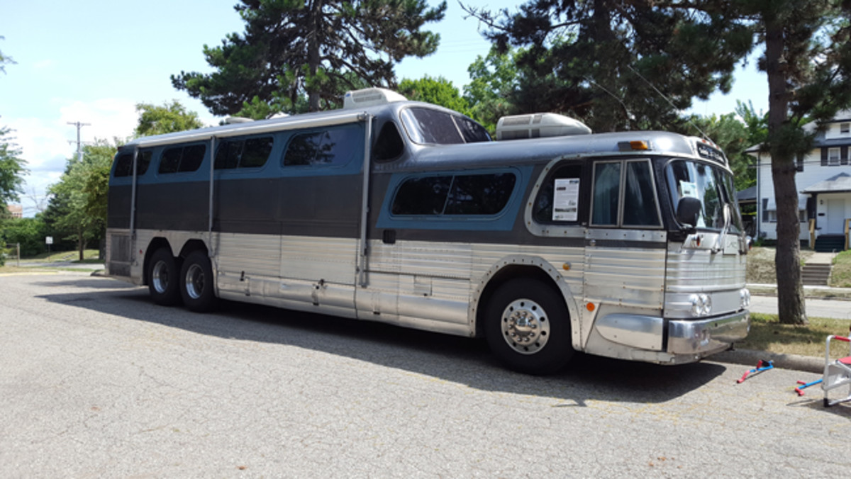 1955 GMC Scenicruiser Greyhound bus driven to the event by owners Dave and Jeannie Hartshorne.