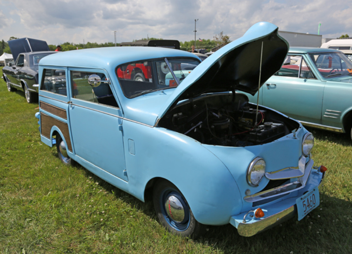 Grazing in the postwar showfield was this mini hauler, a 1947 Crosley station wagon. Its condition and small 44-cid four made it a great cruiser with today's fuel prices.