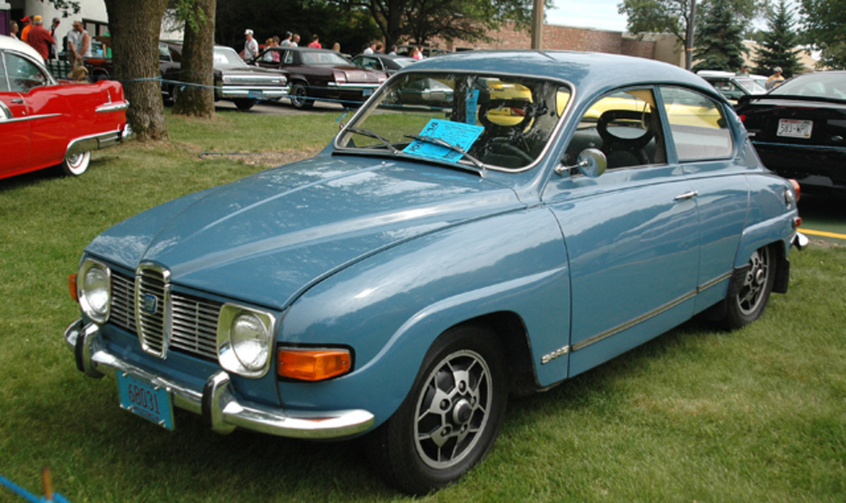 Another import to IOLA'14 was this cute little 1971 Saab 96 two-door sedan owned by Mark Illinski of nearby Stevens Point, Wis. The Swedish compact was shown in the Blue Ribbon Concours,