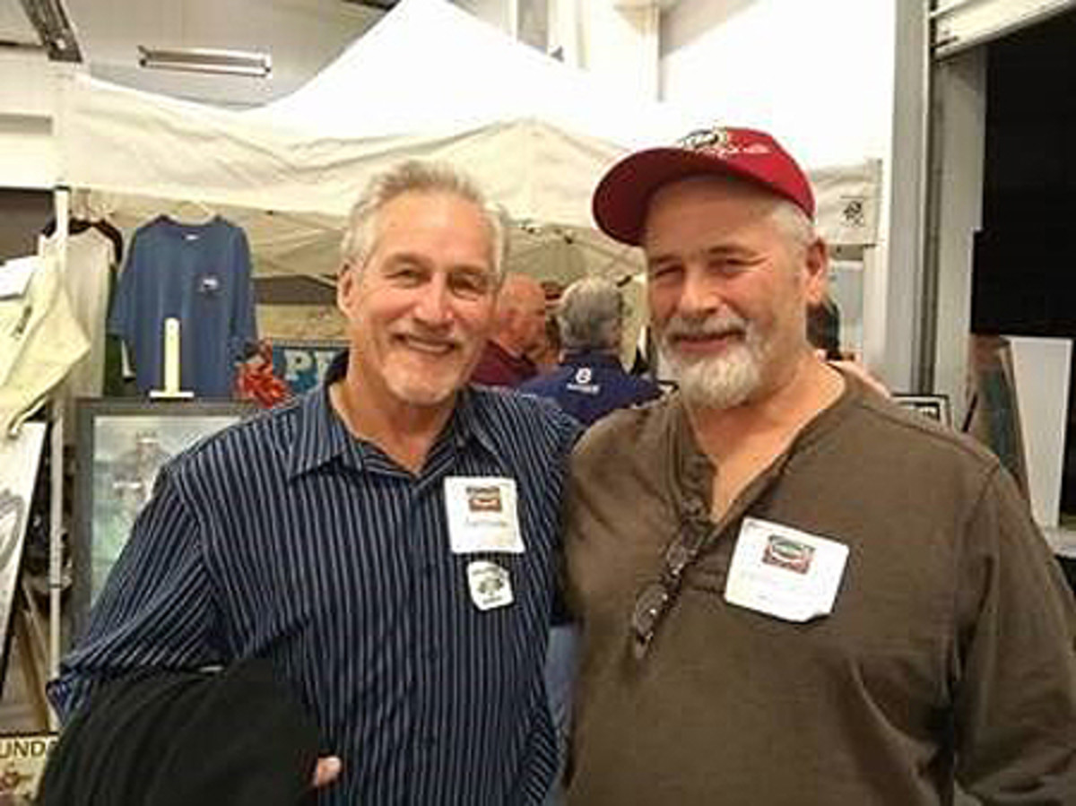 Frank Gallo – right, along with fellow top ISDT competitor, Carl Cranke
