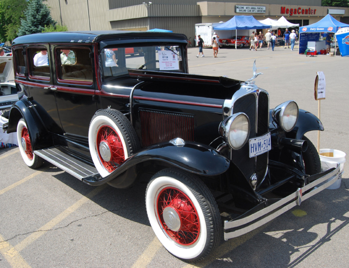 All-American Oakland Chapter spark plug Steve Cook brought his '31 Model 101 sedan from Grover, Mo.