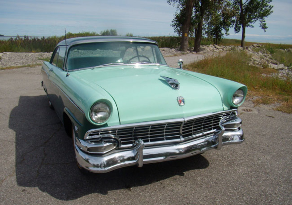 1956-Ford-main
