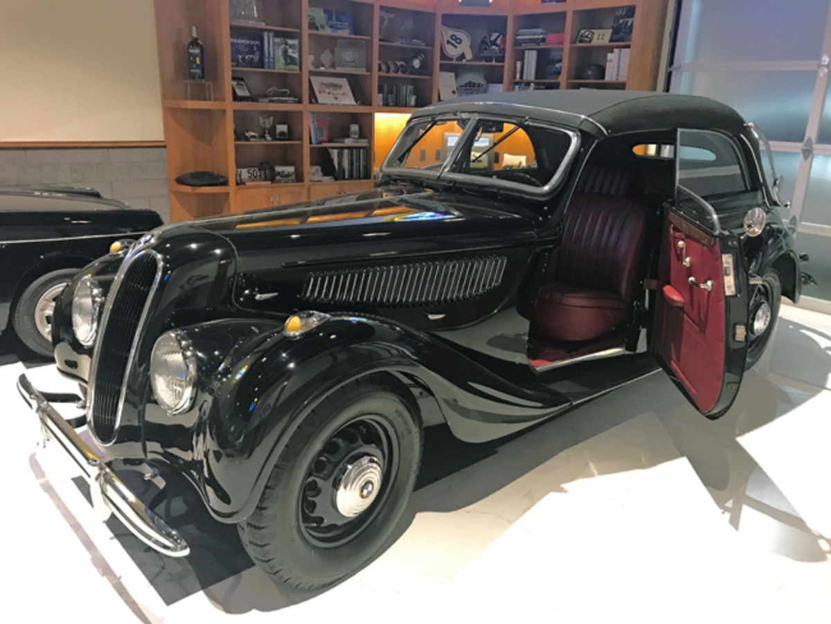 1940 BMW 335 Cabriolet - Hillsborough Concoursd'Elegance