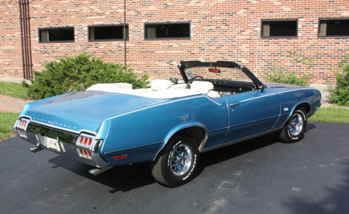 1972-Cutlass-Supreme-4