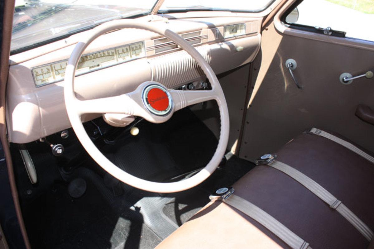 1947-Studebaker-pickup-interior